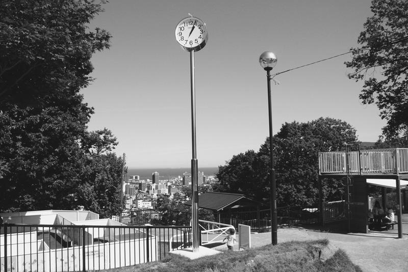 小樽公園のソーラー時計