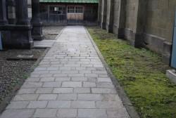 旧日本郵船貴賓用通用路の石畳