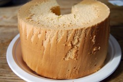 滝下さんお手製のシフォンケーキ