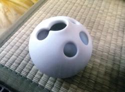 磁器の一輪挿し(三津流白色と円形)