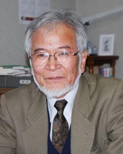 市立小樽美術館  館長  佐藤  敬爾 氏
